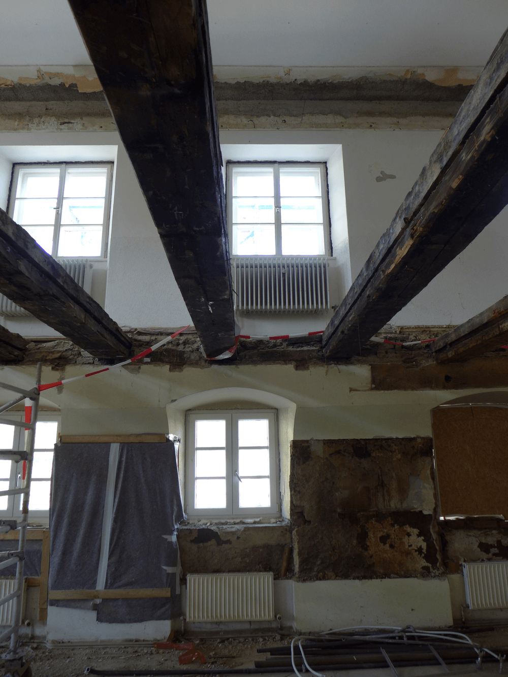 Architekten Ammersee - 07_Durchblick Holzbalken