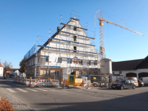 Architekten Ammersee - 25_Gebäude mit Gerüst